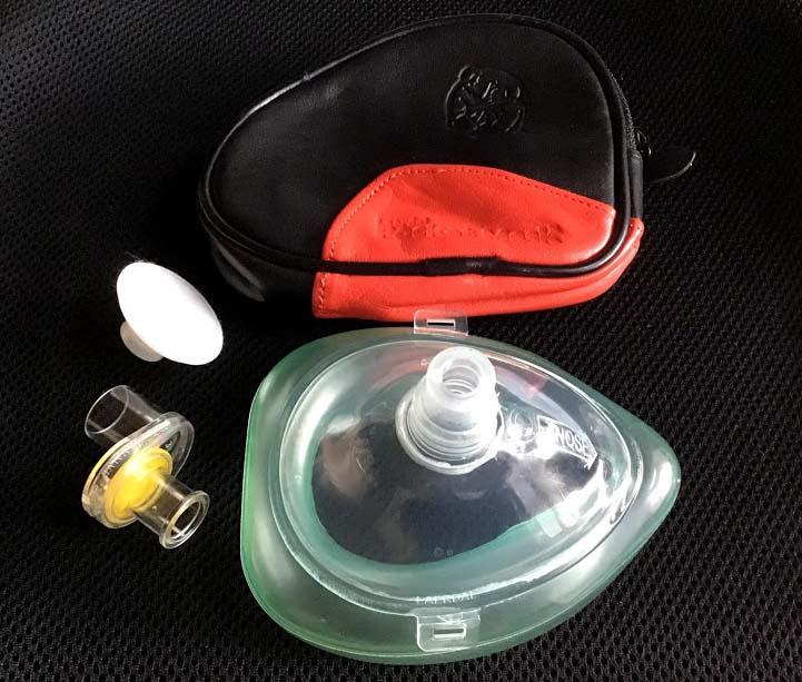 ポケットマスクの洗浄・消毒と交換パーツ